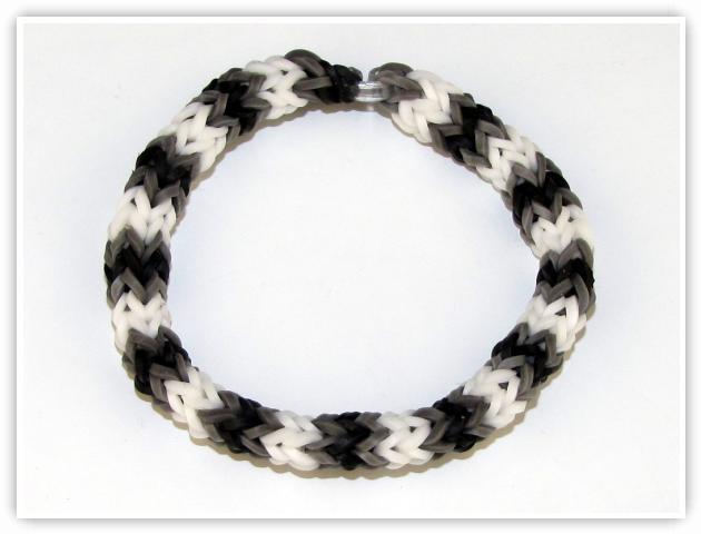 Rainbow Loom Patterns - 4 Pin Fishtail bracelet