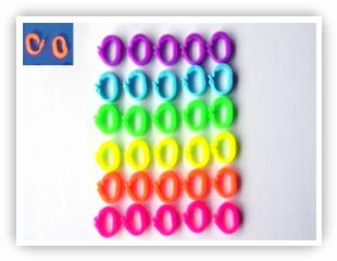 "Rainbow Loom Patterns - Locking ""O"" Clips loom-clips"